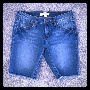 Forever 21 Long Denim Shorts - Size 25